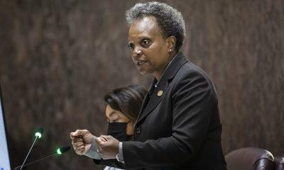 La alcaldesa de Chicago, Lori Lightfoot, redobló su controvertida política en mayo de otorgar entrevistas exclusivas solo a los reporteros de color, diciendo que 'absolutamente lo haría de nuevo' en una entrevista el lunes