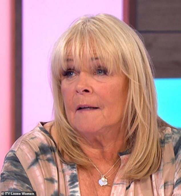 Linda Robson de Loose Women's OLVIDÓ que tenía la bobina y los médicos finalmente se la quitaron 25 años después
