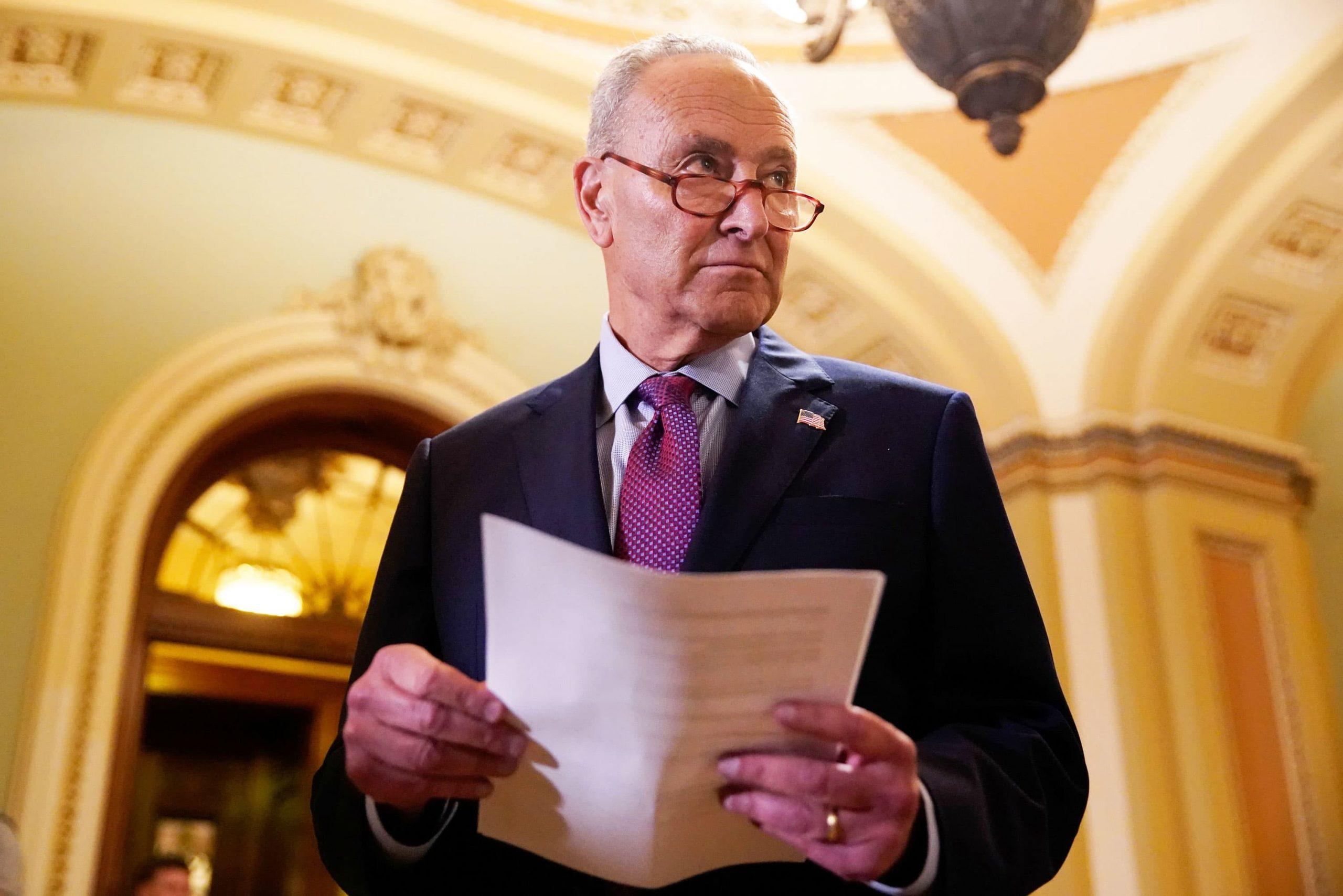 Los republicanos hunden el voto de prueba de Schumer sobre el plan de infraestructura bipartidista, pero las conversaciones continúan