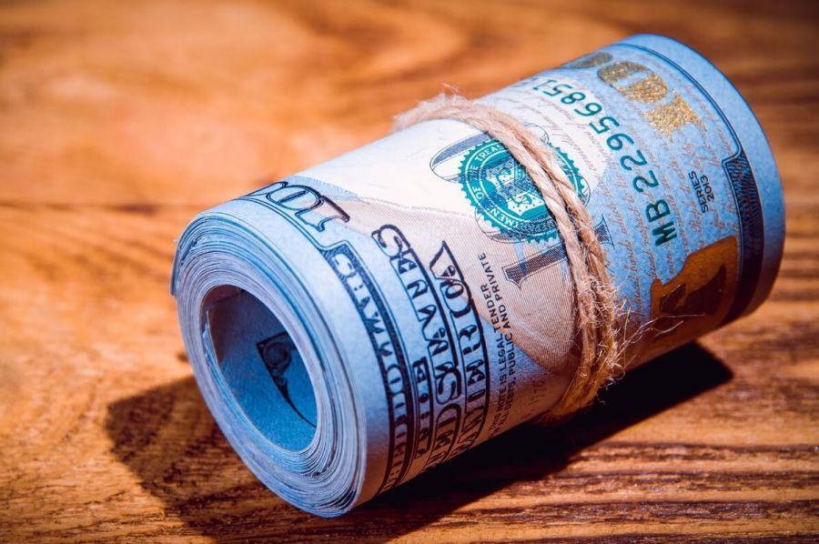 Nuevas rondas de inversión en criptomonedas multimillonarias, retiros de Binance + más noticias