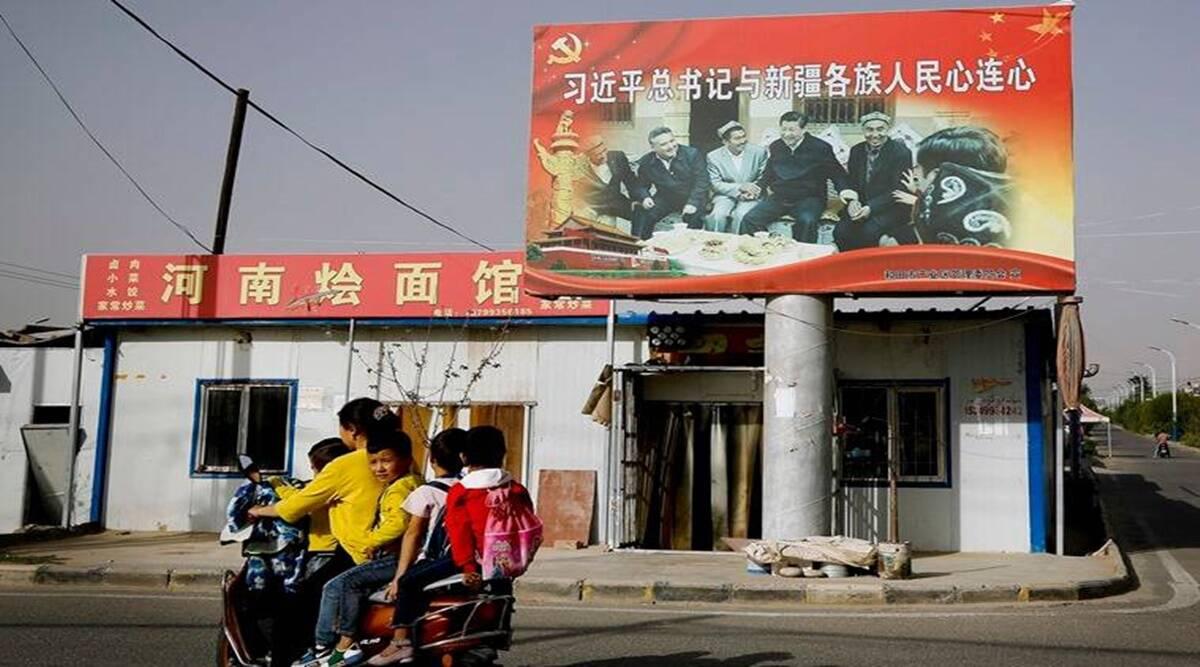 Pakistán acepta la 'versión china' del trato a los musulmanes uigures en Xinjiang: Imran Khan