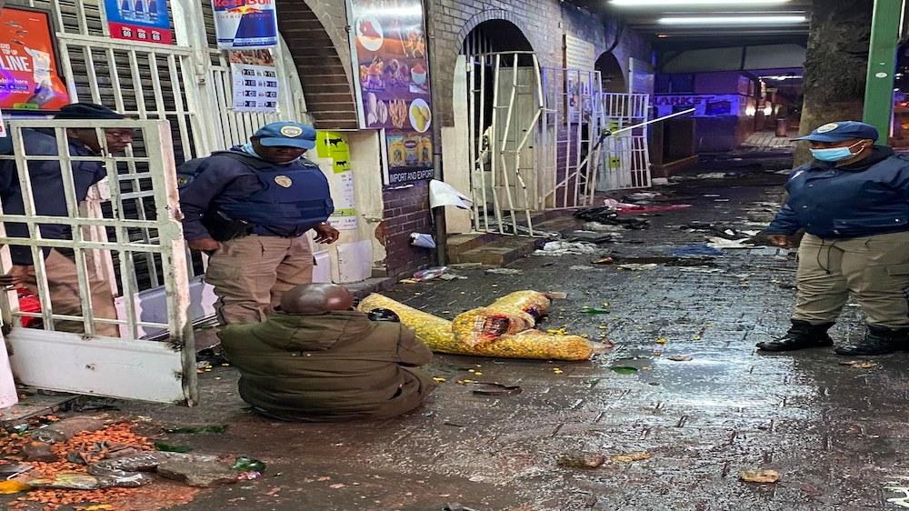 'Poco que perder': la pobreza y la desesperación alimentan los disturbios en Sudáfrica