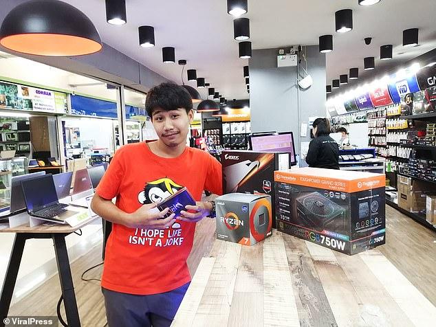 Danai Makmek, un minero de Bitcoin de 26 años, murió en Tailandia en lo que se cree que es la primera muerte de la criptomoneda después de ser electrocutado mientras intentaba reparar su sistema informático.