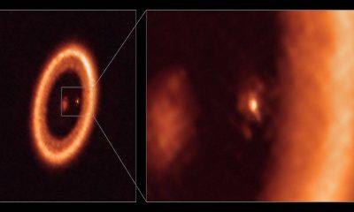 Región de formación de la luna vista alrededor del planeta en otro sistema solar
