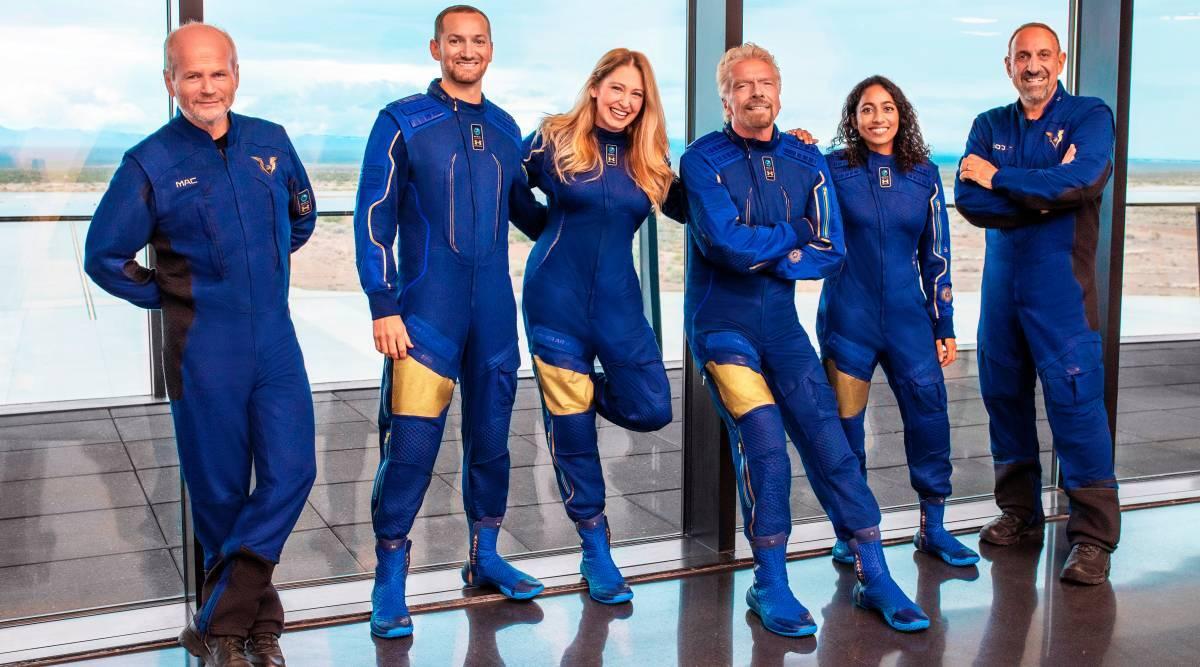 Richard Branson, Jeff Bezos, Richard Branson space flight, Jeff Bezos space flight, Space trip, Billionaires in Space