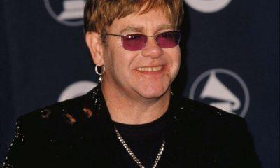 Sir Elton John pospone espectáculos alemanes