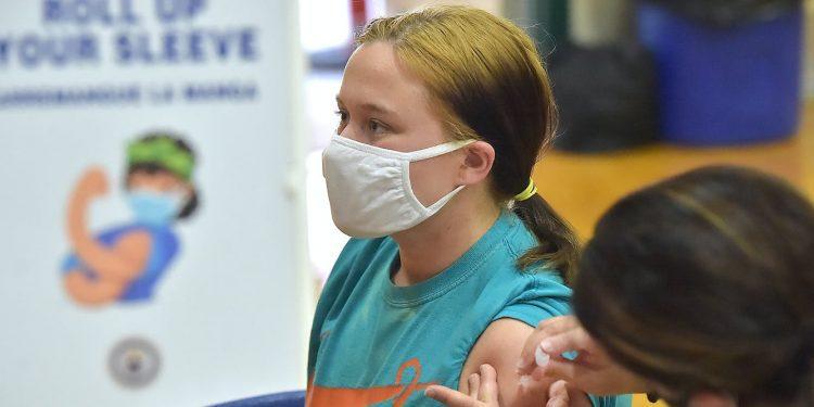 ¿Los adolescentes estadounidenses tienen derecho a ser vacunados en contra de la voluntad de sus padres?  Depende de donde vivan