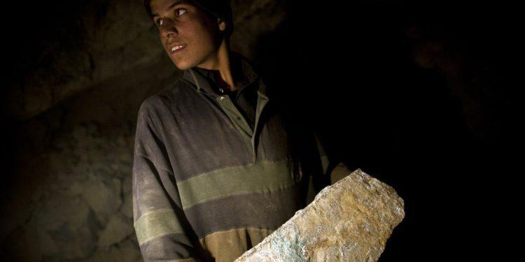 Afganistán tiene una gran riqueza mineral, pero se enfrenta a grandes desafíos para aprovecharla