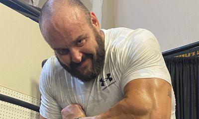 Braun Strowman dice 'ha pasado un tiempo' mientras entra en un ring de lucha libre profesional