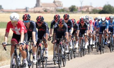 Egan Bernal, Adam Yates y Dani Martínez escapan de una lesión grave en el accidente de la Vuelta a Burgos