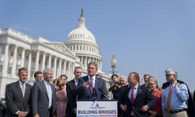 El Senado finaliza el texto del proyecto de ley de infraestructura bipartidista después de una rara sesión de fin de semana