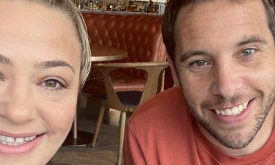 Lisa Armstrong se va de vacaciones con un nuevo hombre mientras se avecina la boda de Ant McPartlin