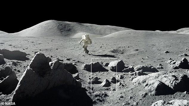 La luna está cubierta de cráteres y rocas, creando una superficie 'rugosa' que proyecta sombras como se ve en esta foto de 1972 de la misión Apolo 17.  Las sombras permiten que el hielo se forme y permanezca