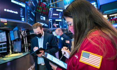 Los futuros de acciones se recuperan a medida que los inversores esperan más datos sobre empleos
