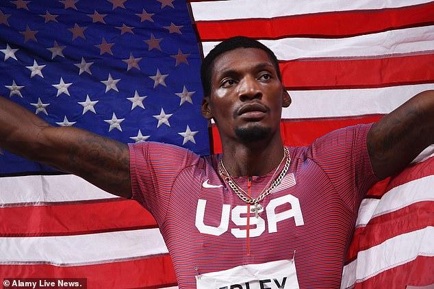 Los medios de comunicación estadounidenses han sido criticados por la clasificación de países por el total de medallas ganadas en lugar de oros en un intento por mantener a Estados Unidos en la cima de la clasificación.