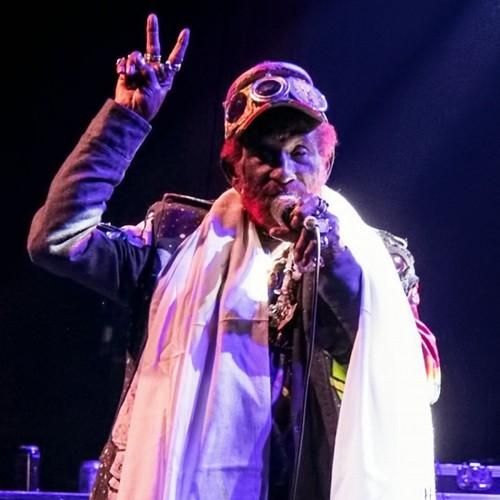Muere el ícono del reggae y pionero del dub Lee 'Scratch' Perry
