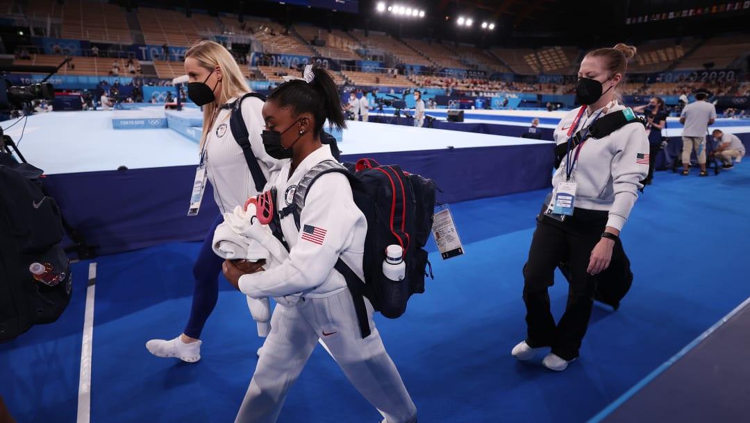 Simone Biles fuera del ejercicio final de suelo