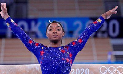 Simone Biles regresa para competir en la final olímpica de viga de equilibrio