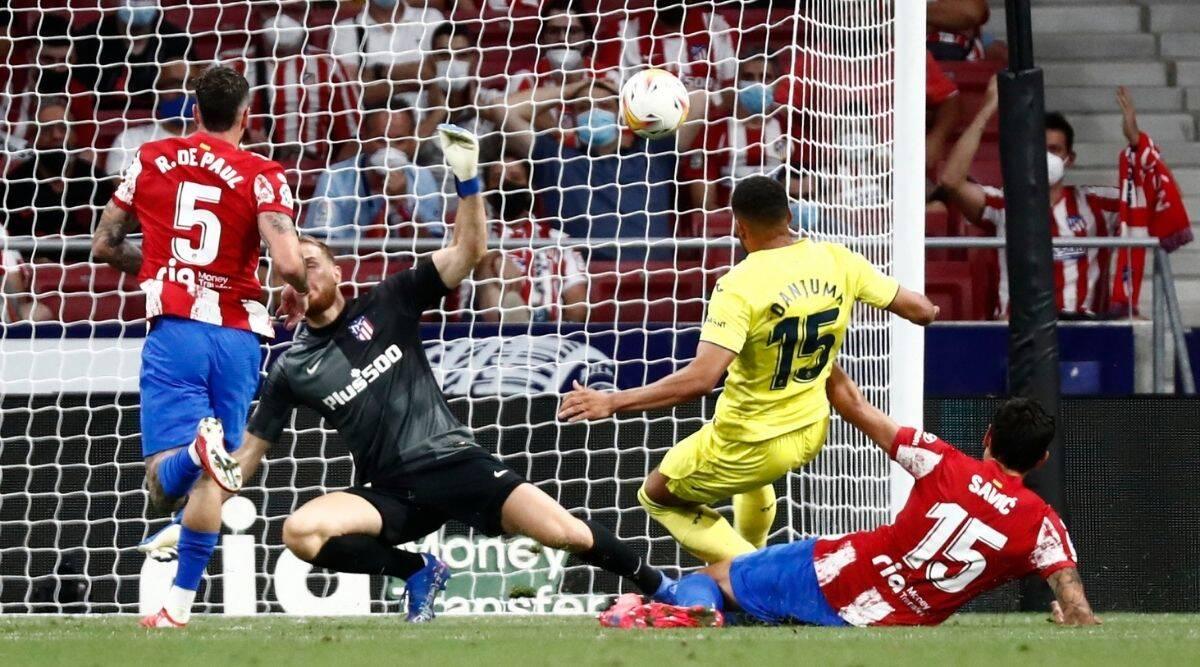 Un extraño autogol salva al Atlético de la derrota en la liga española