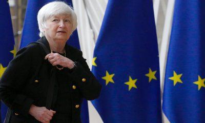Yellen dice que promulgar la agenda de Biden es clave para mantener a Estados Unidos como la 'potencia económica preeminente del mundo'