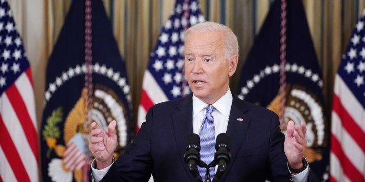 Biden condena el trato de los agentes de la Patrulla Fronteriza a los migrantes haitianos y promete que enfrentarán las consecuencias