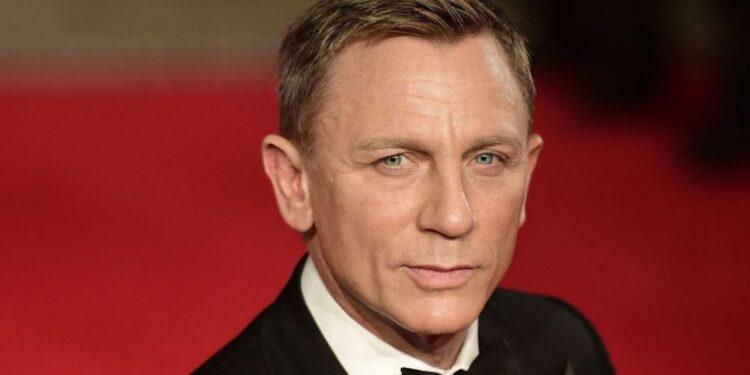 Daniel Craig está de vuelta como Bond para la película final y está feliz de decir adiós a 007