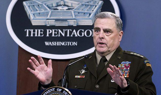 El general Mark Milley defendió sus llamados a su homólogo chino durante los últimos meses de la presidencia de Donald Trump.
