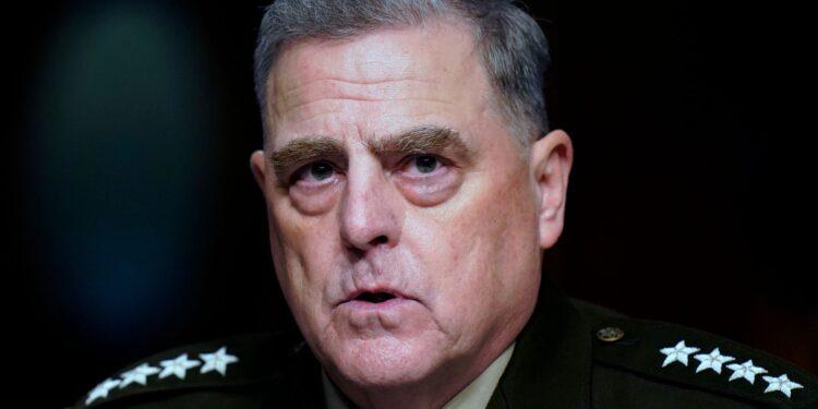 El general Mark Milley defiende los llamamientos con China para 'desescalar' al final de la presidencia de Trump