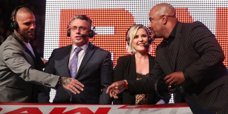 Jonathan Coachman en WWE Raw en 2018: 'No podía hacer que Corey Graves quisiera trabajar conmigo'