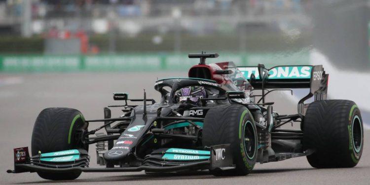 Lewis Hamilton se siente 'terrible' después del error de clasificación de Sochi