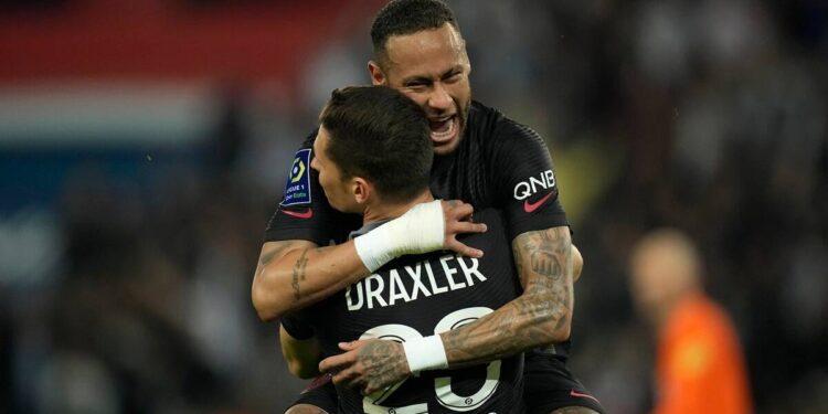 Ligue 1: el líder PSG venció al Montpellier 2-0 por octava victoria consecutiva