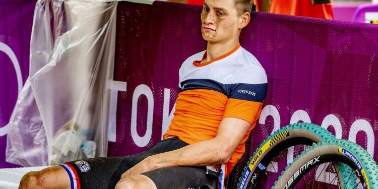 Mathieu van der Poel, autorizado para correr de nuevo, ya que una lesión en la espalda amenaza el resto de la temporada 2021