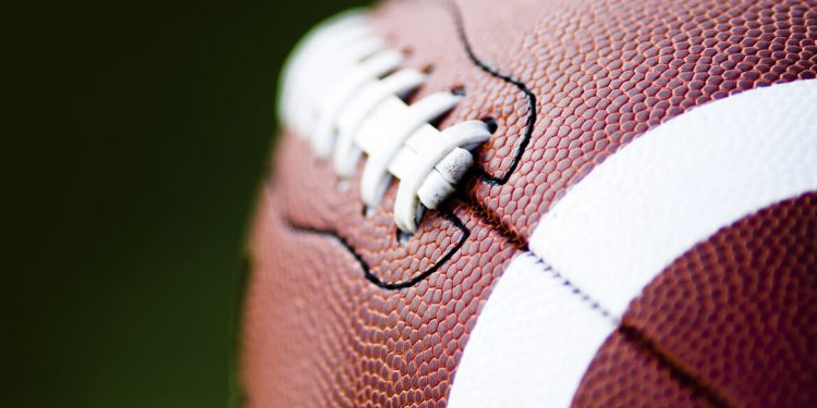 NFL vs. NFT, Crypto Investment Flows + More News