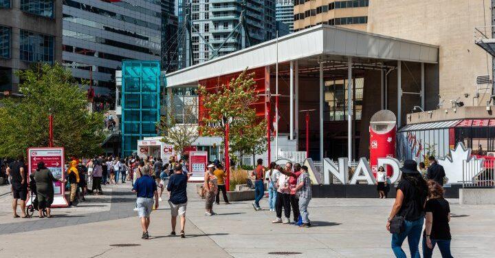 Ontario promete $ 100 millones para ayudar al sector turístico a recuperarse del impacto de COVID