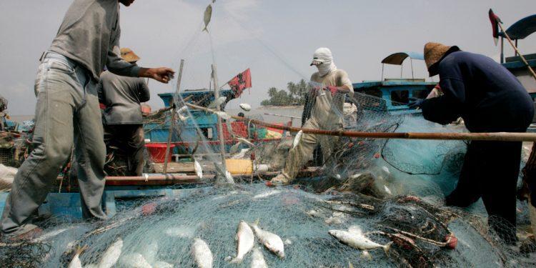 Pescadores de Malasia en último intento por detener la recuperación de Penang
