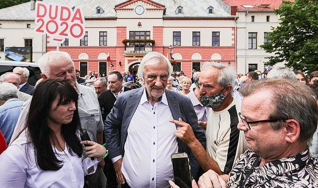 Hablando durante una discusión en un foro económico en Polonia, Ryszard Terlecki (en la foto de 2020, foto de archivo) dijo que el partido quiere permanecer en la UE y tener una relación de cooperación con el bloque, pero que la UE 'debería ser aceptable para nosotros'.
