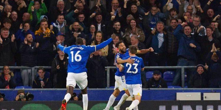 Everton, Burnley