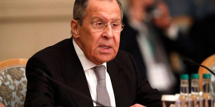 Rusia dice que es 'máxima prioridad' hacer que los talibanes cumplan las promesas de derechos