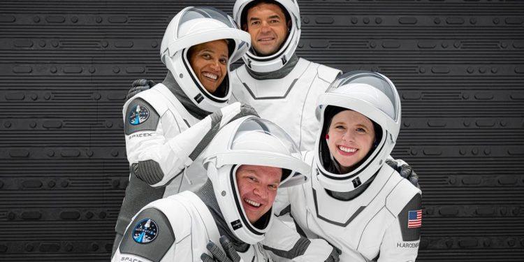 SpaceX se prepara para enviar a la primera tripulación totalmente civil a la órbita