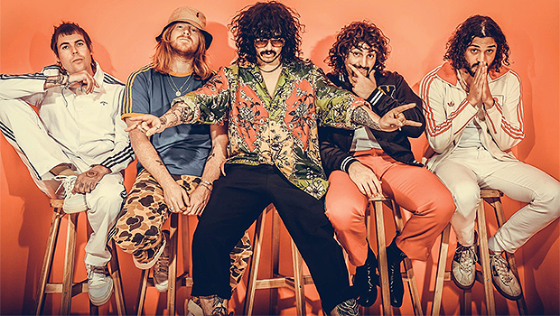 Sticky Fingers comparte 'We Can Make The World Glow' antes del nuevo álbum - Hollywood Life