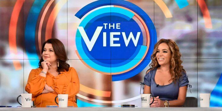 'The View' saca del aire a 2 anfitriones por las pruebas positivas de Covid, minutos antes de la entrevista con el vicepresidente Harris