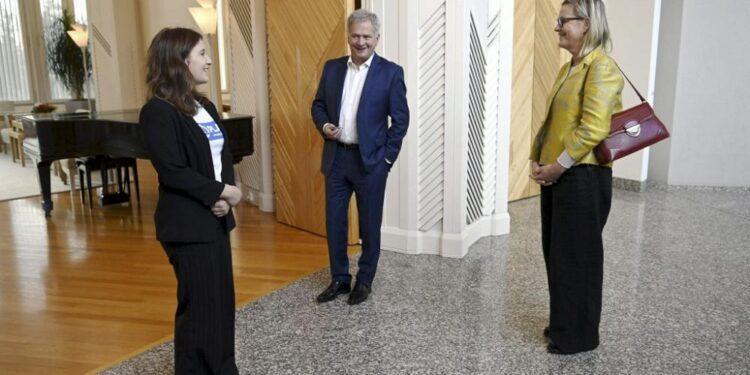 Adolescente finlandés se convierte en presidente por un día