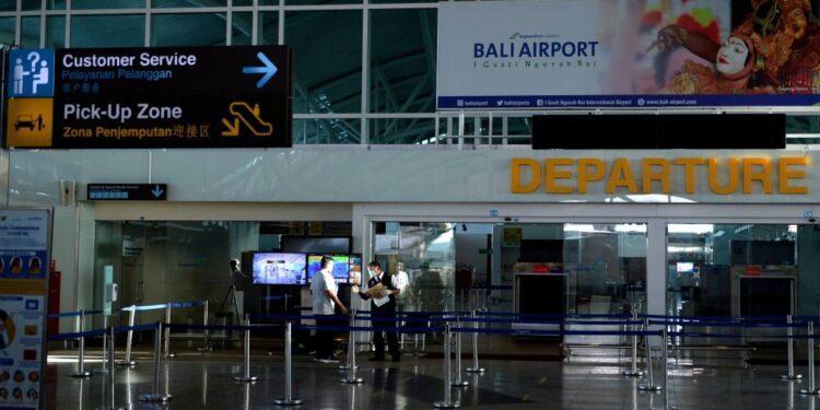 Bali reabre a los viajeros de 19 países en un programa de un mes