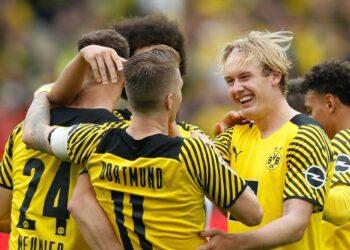 Bundesliga: el Dortmund gana sin Haaland;  Scally sella la victoria del Gladbach