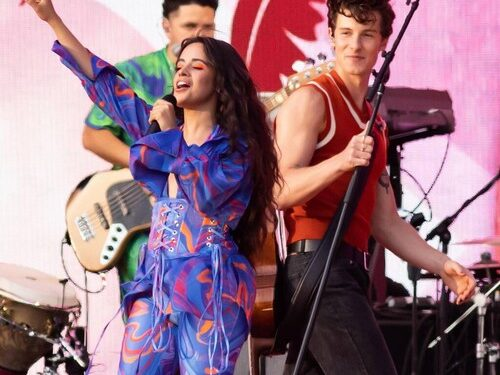 Camila Cabello le da crédito a Shawn Mendes por ayudarla a superar la lucha con la comida reconfortante