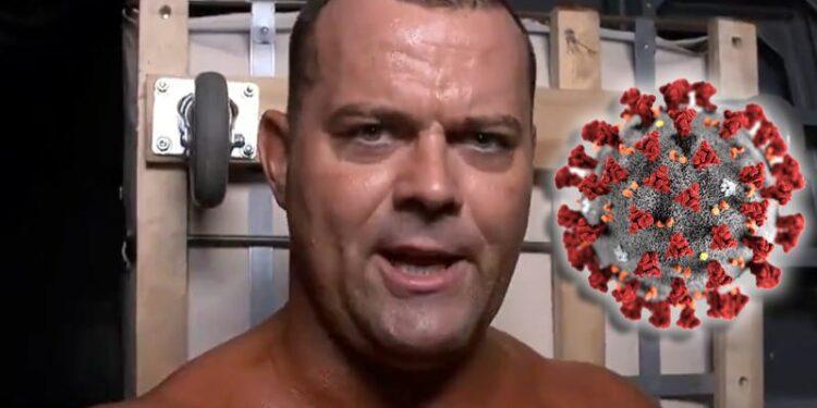El debut de Harry Smith en la WWE se retrasa debido a COVID-19