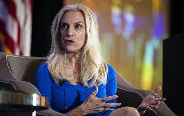 El gobernador de la Fed anticipa una nueva guía sobre el cambio climático para los grandes bancos