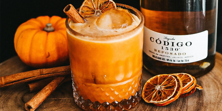 I'm Swapping PSLs For These Boozy Pumpkin Margaritas Instead