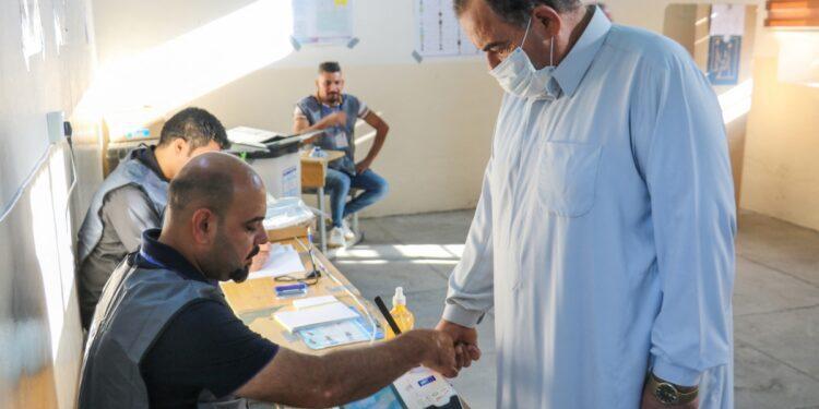 'Fatiga del dedo morado': Irak ve una participación electoral extremadamente baja