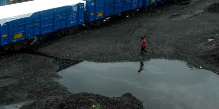 India advierte sobre posibles cortes de energía